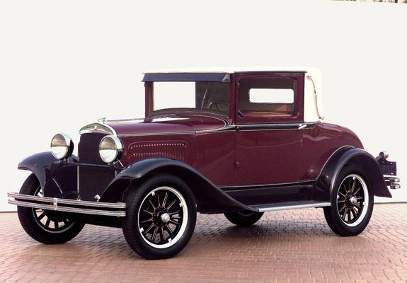 1928 Plymouth (www.Favecars.com)
