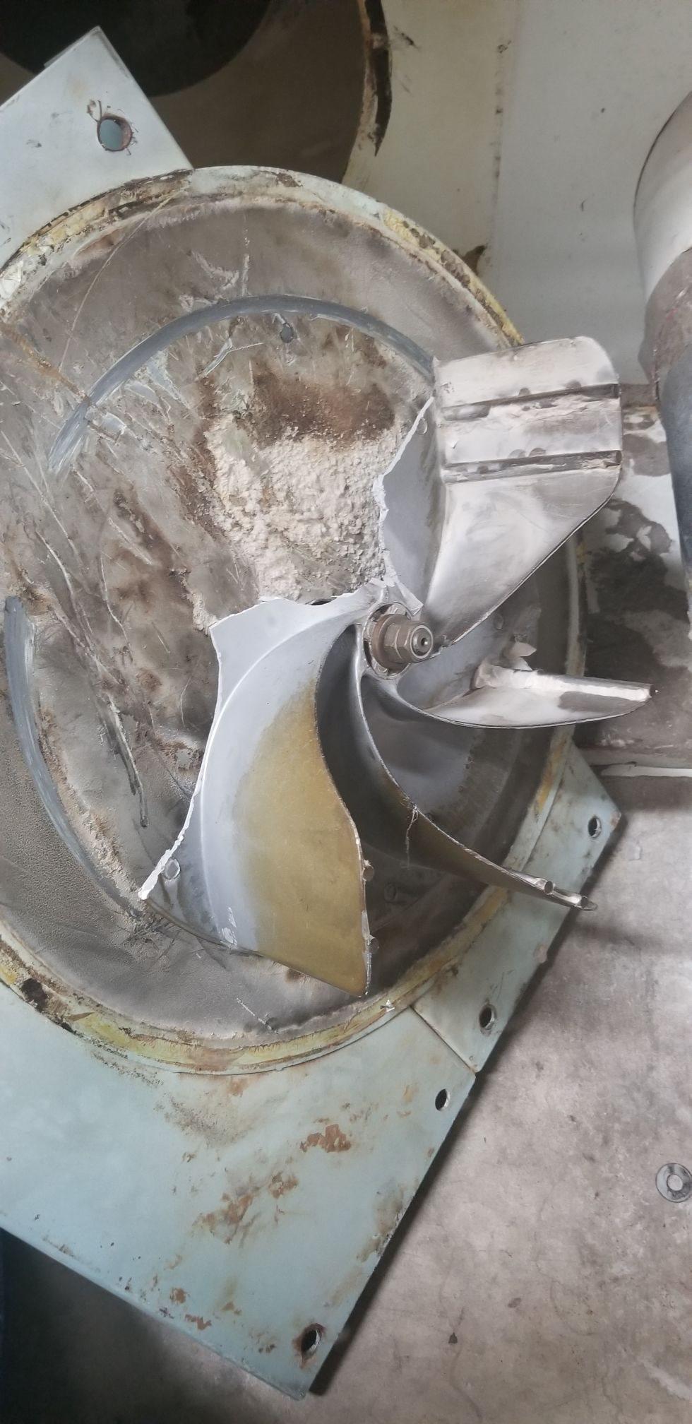 pic of damaged fan (1).JPEG