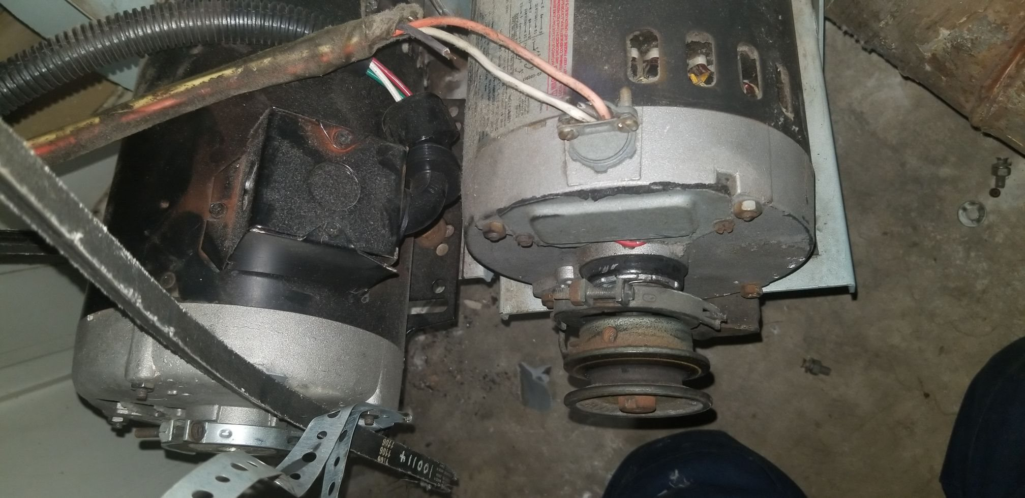 pic of both motors blower motor  (1).JPEG