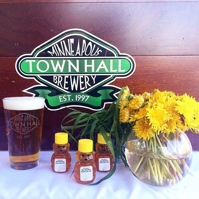 It's a beautiful day for @townhallbrewery's new beer, Pollen Party's release event. We're celebrating a sweet as honey cause - $1 from every Pollen Party growler purchase goes to UMN Bee Lab!