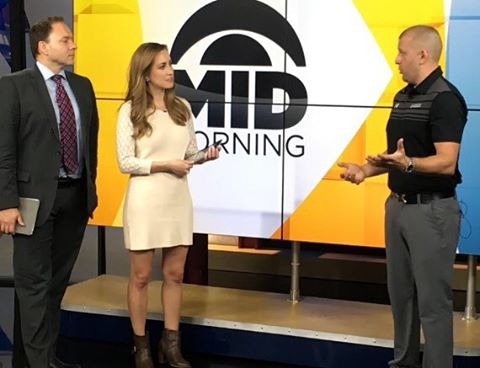 If a Netflix marathon is your idea of exercise, Stephen Thorkildson from our client @twincitiesortho has the scoop on how you can feel the burn during your next binge-watch. Seen on @wcco's Mid Morning show today!