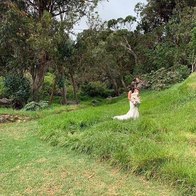 The first wedding of June! Beautiful @fern_the_plant in the sea of green. Congratulations! Thank you for choosing @annaranchwedding for your special day!