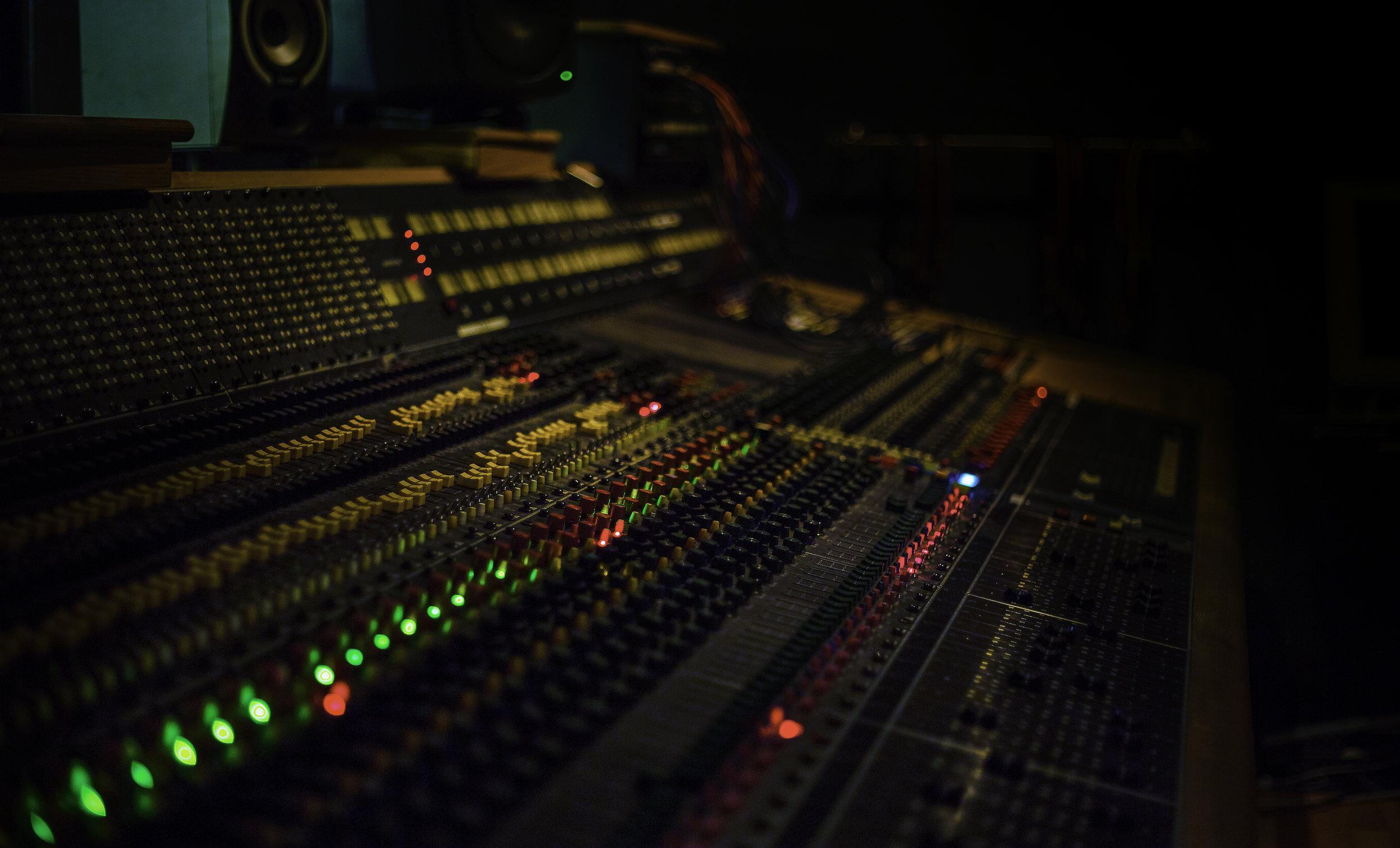 Studioat72dpi_26.jpg