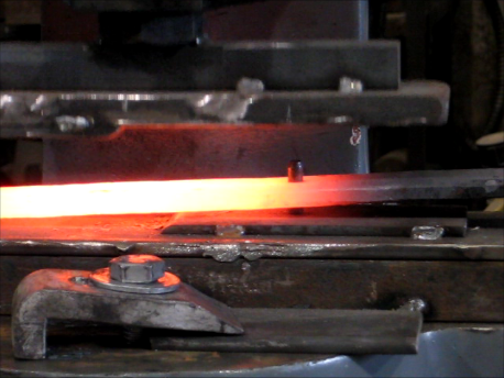 This is the same set-up showing the hot piece of metal.