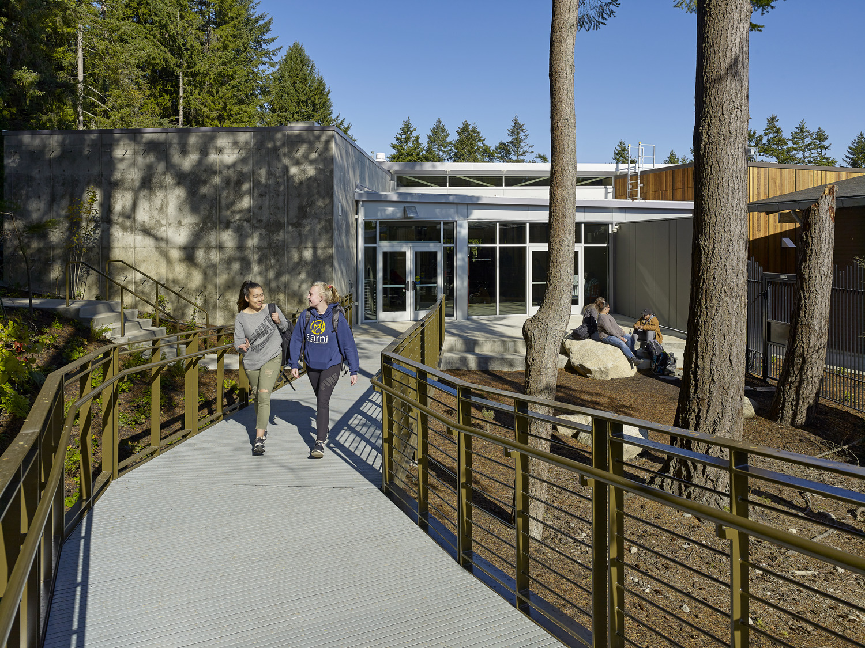 SAMi Environmental Learning Center | Image by: Francis Zera Photography