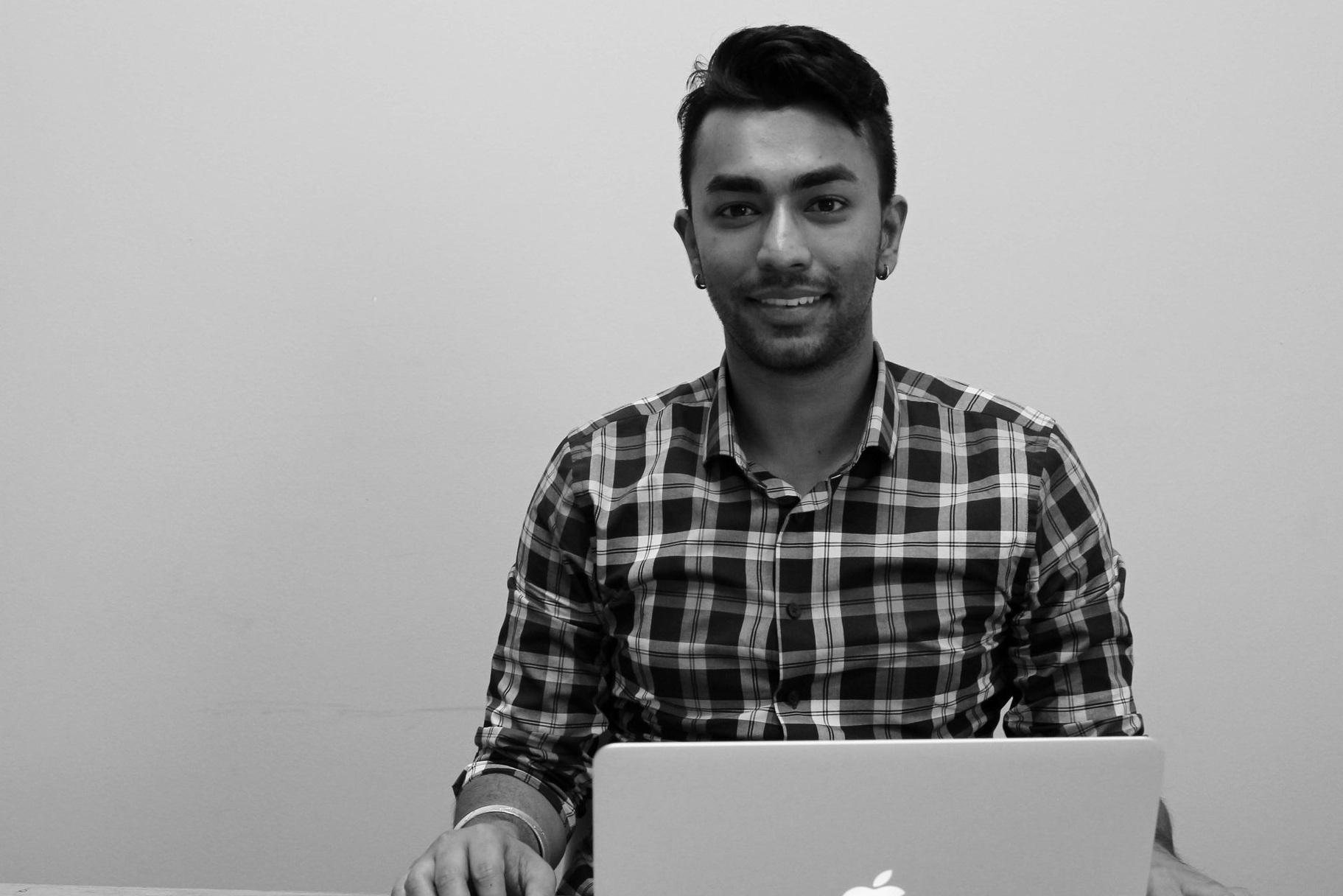 JaG - Education Specialist   Jag is Currently pursuing a honours degree in Computational Mathematics and is Looking to further his education by getting his Masters degree.   Fun Fact:  HE Was titled marshmallow king IN frosh WEEK.