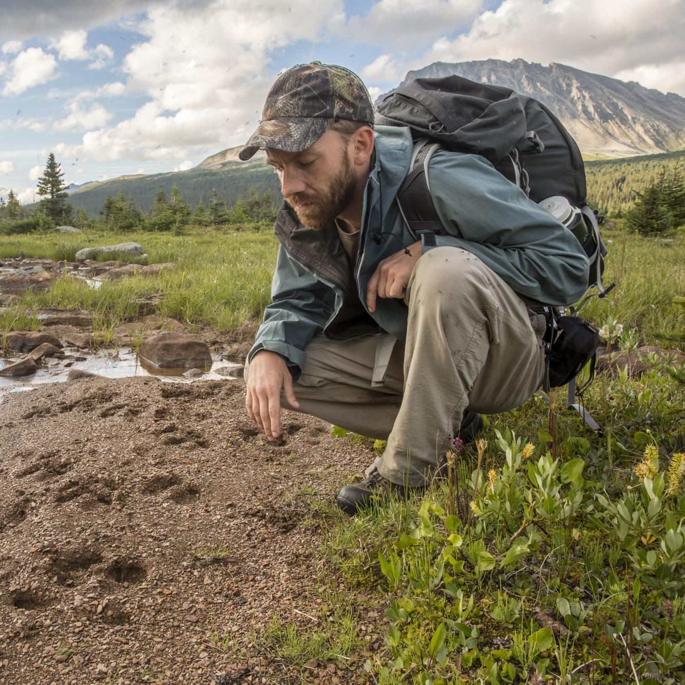 Marcus Reynerson • Assoc. Producer   Naturalist, Wildlife Tracker, Educator.   wildernessawareness.org
