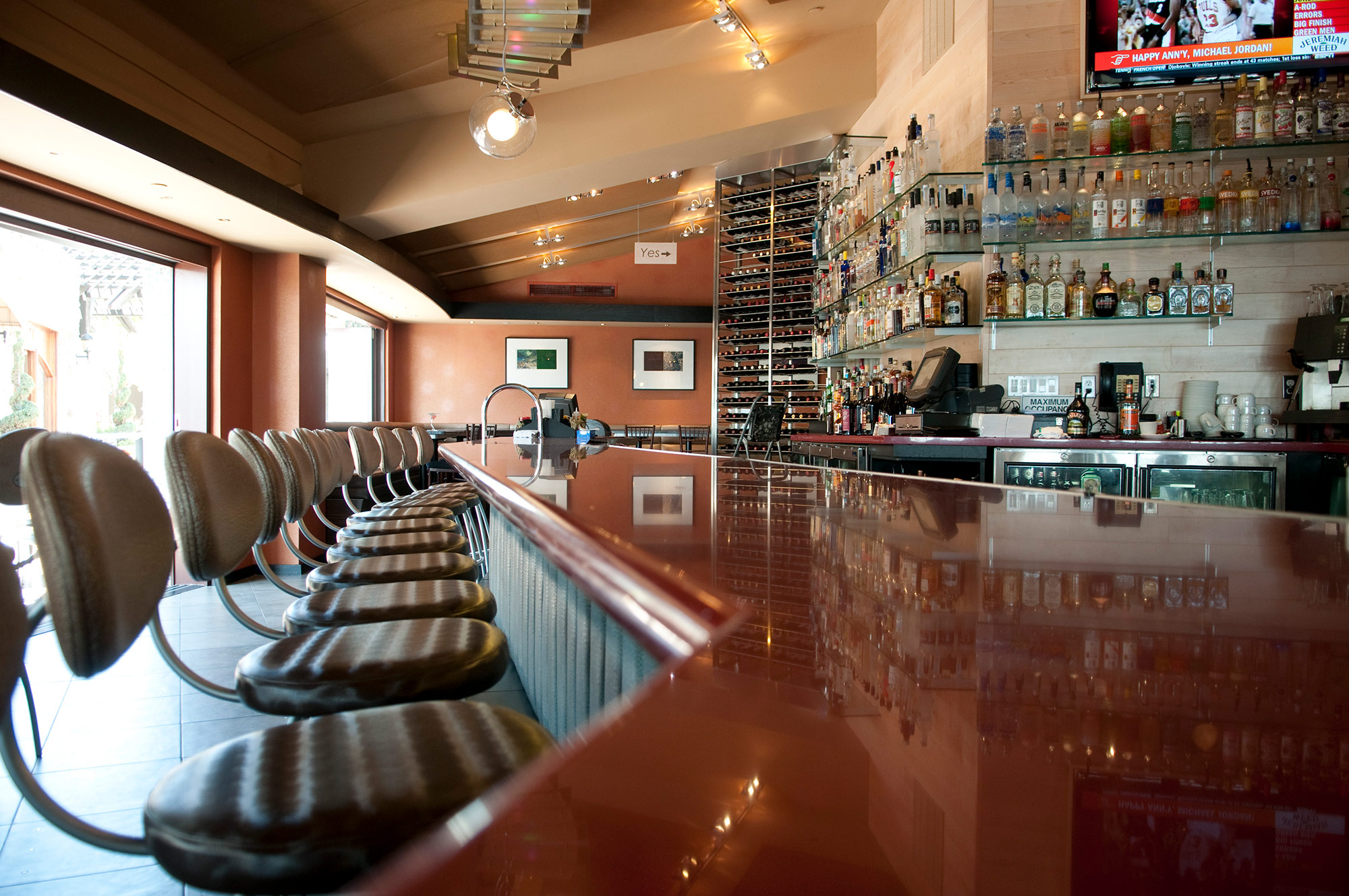 02-Pacifica-Del-Mar-Bar.jpg