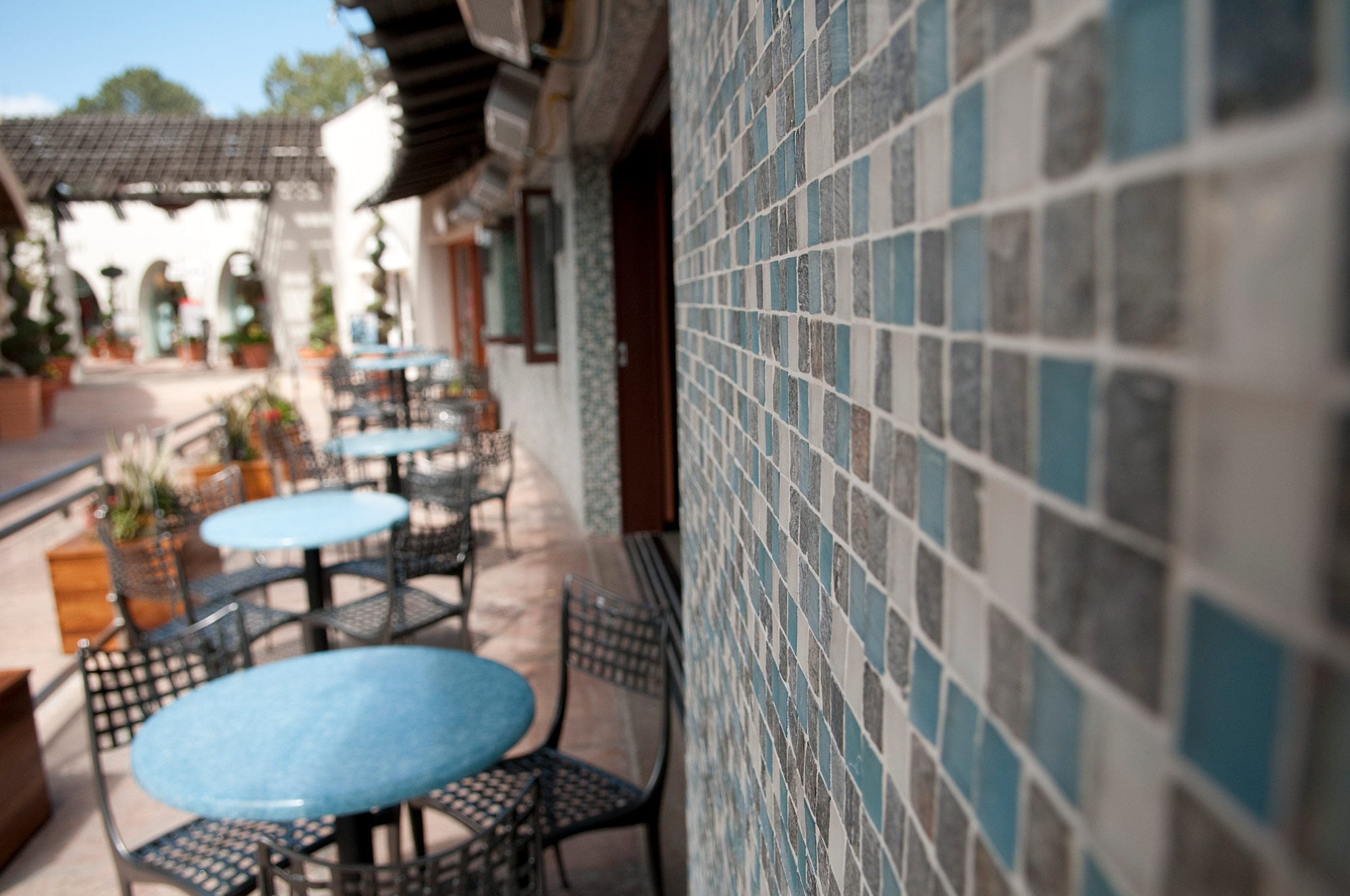 14-Pacifica-Del-Mar-Patio.jpg