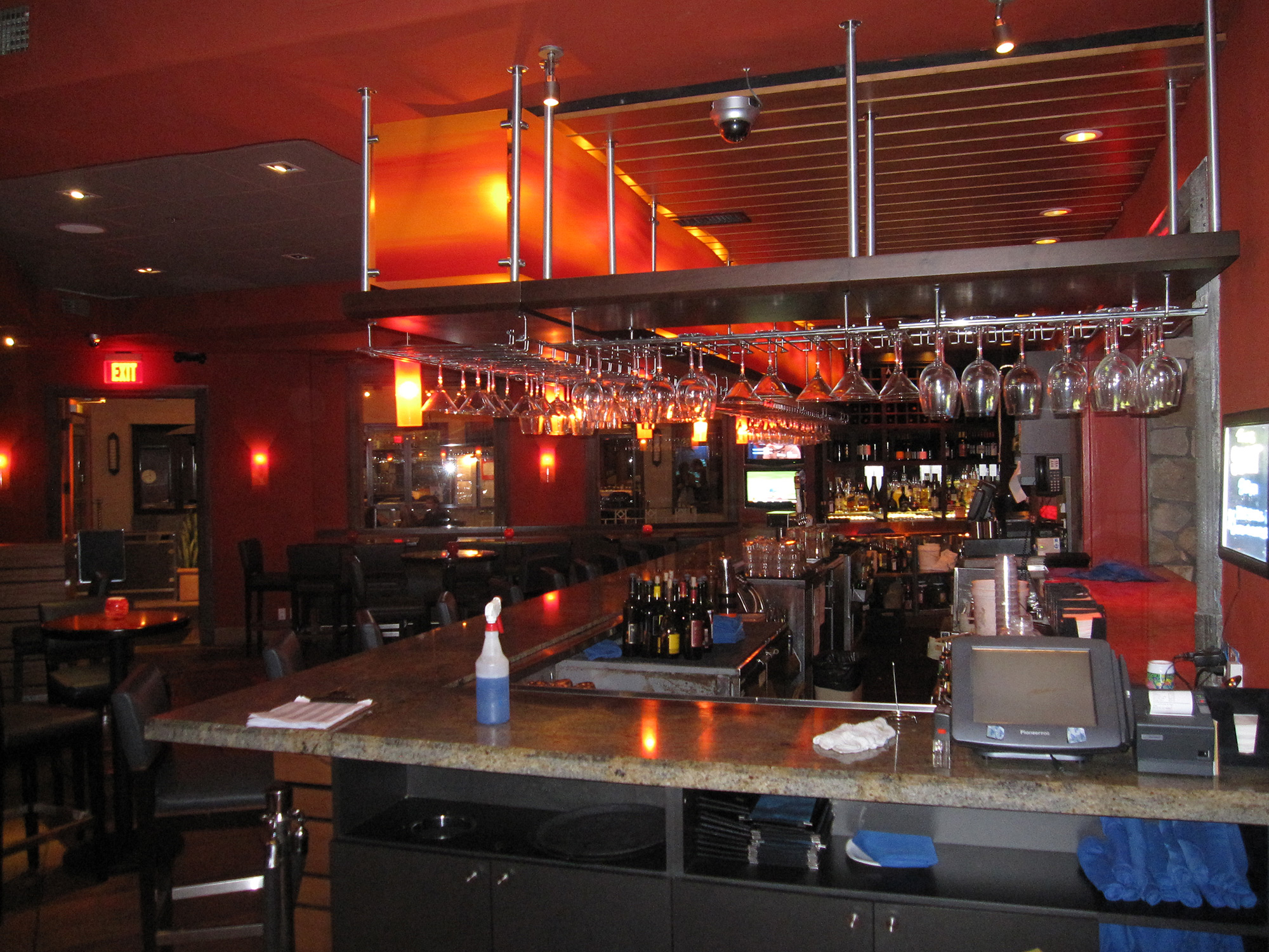03-Sunset-Bar-&-Grill.jpg