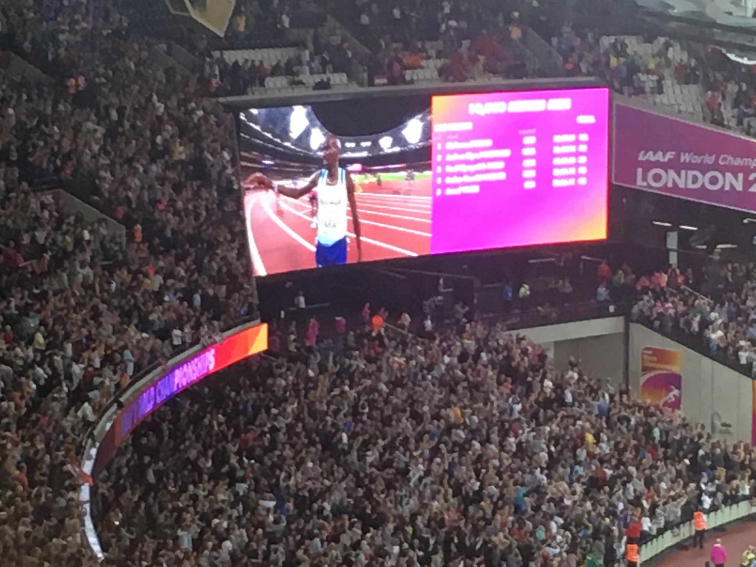 Thunderous crowd glory when he won. I was shaking, throat sore. G.O.A.T.