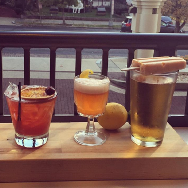 DC Travel Guide pt. 2: Where to Drink - THE FLAGSHIP:Whether you want to drown your sorrows over the recent election, or regroup post-protesting said election, we've got all the spots for you.(27 November 2017)