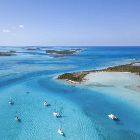 The Best Time to Visit the Bahamas - TRIPSAVVY: The best time to visit the Bahamas is from mid-April to early July, after the Spring Breakers have flown north and before hurricane season arrives in early August. Though the Bahamas are a reliably popular winter destination, its offseason charms have been largely overlooked: bookings are less expensive, beaches are less crowded, and there's more of an opportunity to engage with the local culture via monthly festivals and weekly regattas.(4 June 2019)