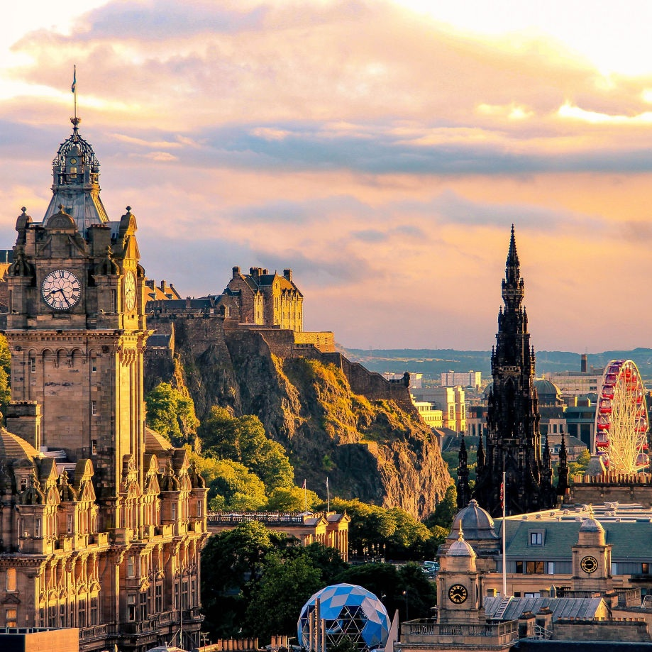 Why Edinburgh Should Be Your Next Family Vacation - THE TRAVEL HUB: Edinburgh is the ideal spot for an adventurous family vacation—the city is charming and steeped in history (appealing to Harry Potter-loving children who recognize the Hogwarts architecture). But it is also a quick train ride away from the countryside and the Scottish Highlands.(19 June 2019)