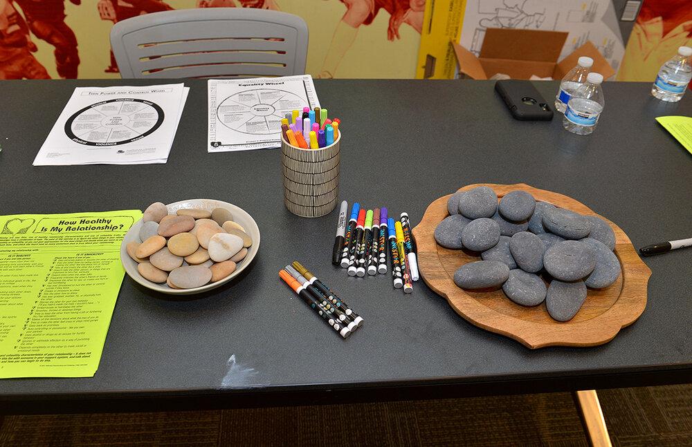 Didi Hirsch Teen Summit - Rock decorating table