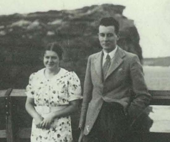 Gough Whitlam and his sister, Freda at Watson's Bay c1939.