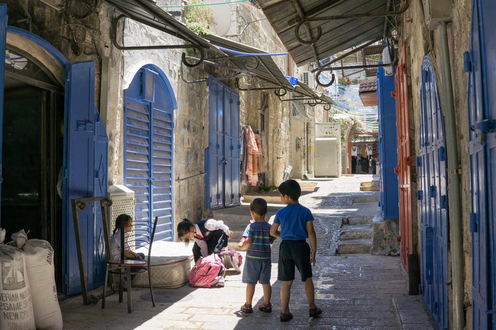 israel-old-city-kids-kim-lawson.jpg