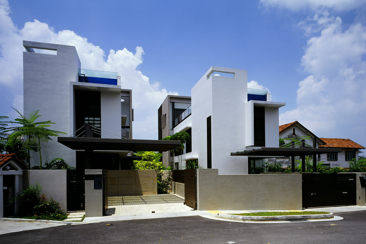 TWIN HOUSE_TG_01.jpg