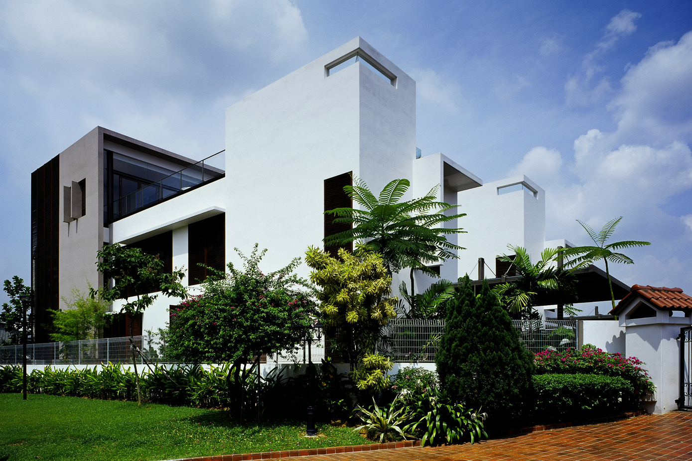 TWIN HOUSE_TG_02.jpg