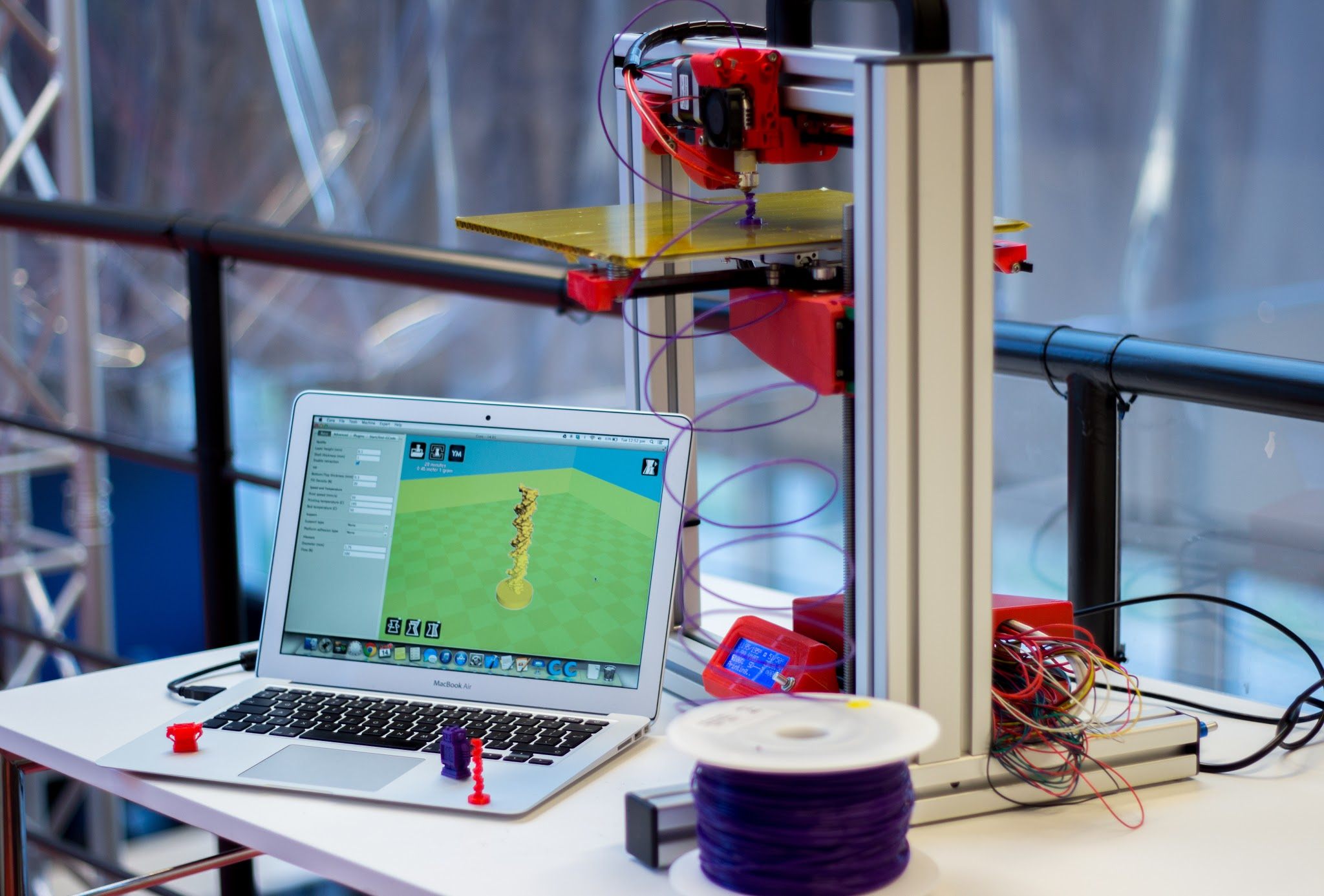 Felix_3D_Printer_-_Printing_Set-up_With_Examples.JPG