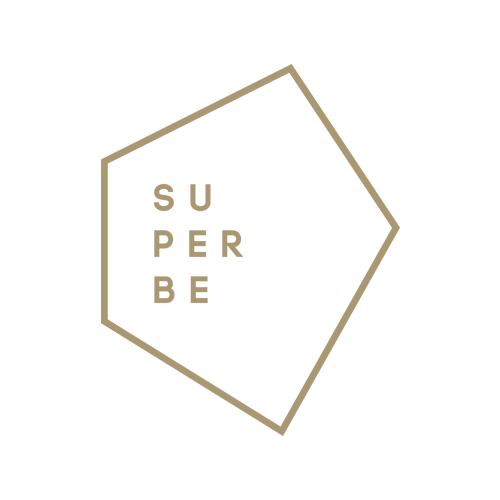 Logo Superbe sur fond blanc.png