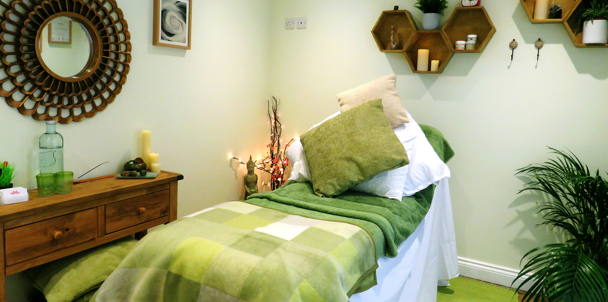 Reef Therapies Holistic Therapy Worthing Beach Massage Reflexology Aromatherapy Cabin