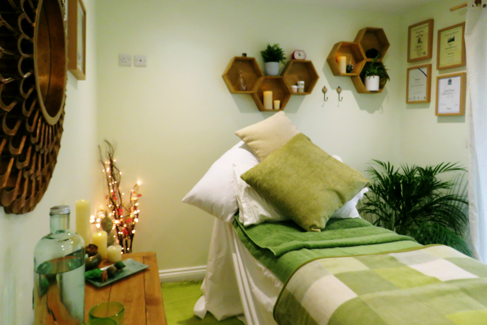 Reef Therapies Holistic Therapy Worthing Beach Massage Reflexology Aromatherapy Cabin