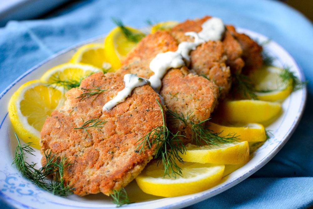 Paleo Salmon Cakes with Lemon Dill Sauce