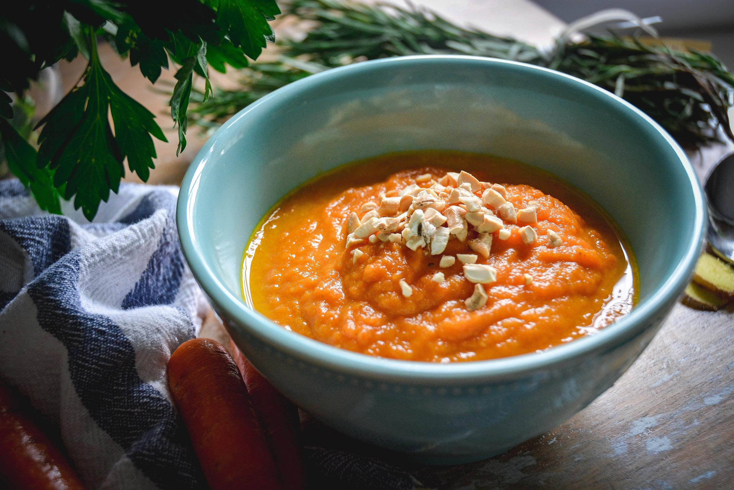 carrot soup (2 of 4).jpg