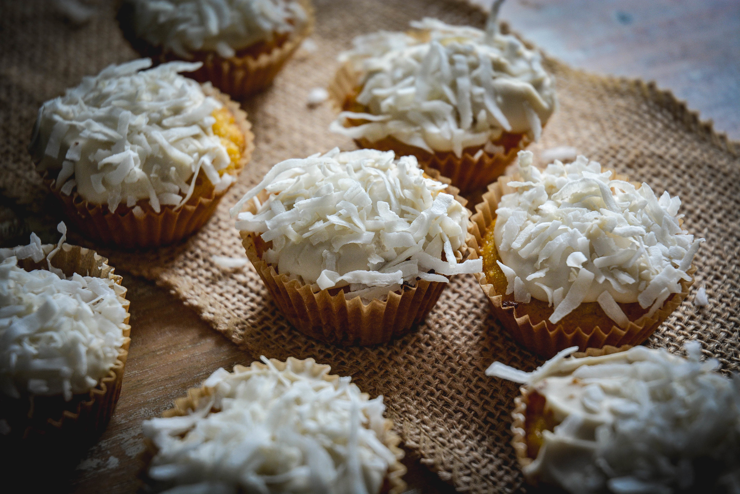 paleo cocconut cupcakes