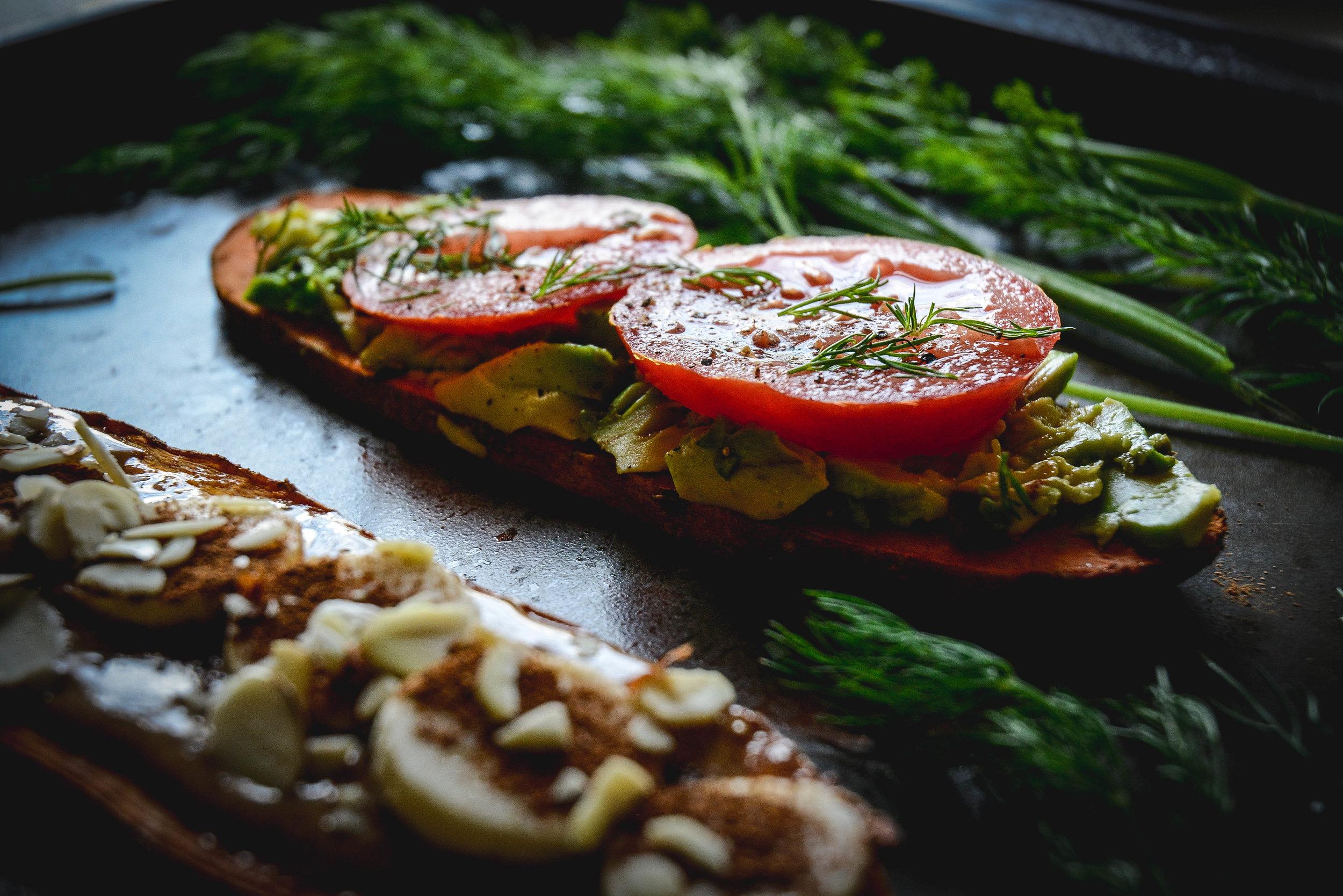 sweet potato toast wtih avocado and tomatoes