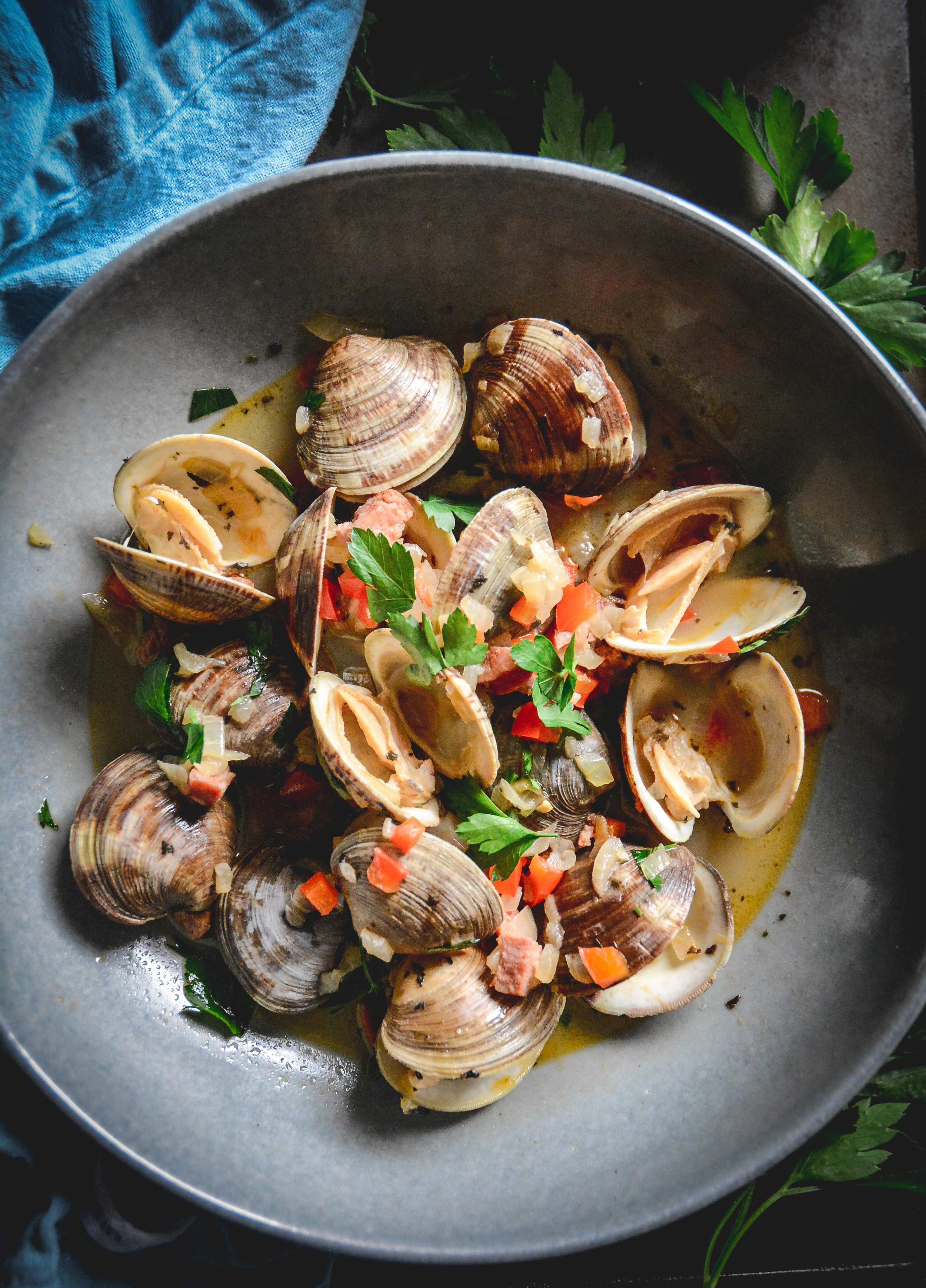 clams and chorizo 3 (2 of 2).jpg