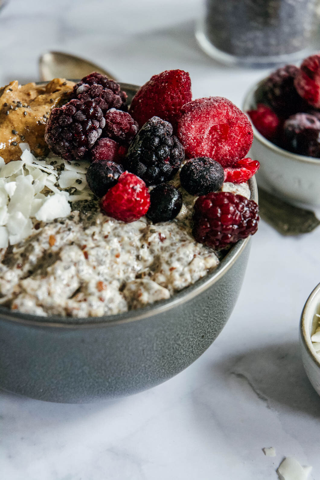 Overnight paleo oatmeal with fruit