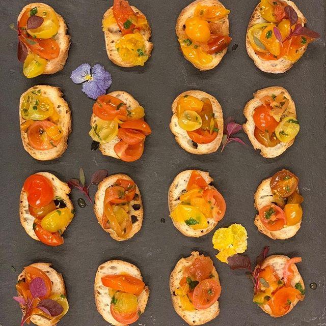 Crushed tomato bruschetta . . . . . . . . #melt_catering #privateeventcatering #localingredients #eatlocalzurich #everythinghomemade #meltcateringzurich #cateringzurich #corporatelunchcatering #zurichcatering#weddingcateringzurich #weddingszurich #Zurichparties #foodiezurich #zurichfoodie #bestofzurich #instafoodcatering #catering #customizedmenu  #corporatelunchzurich #zurichrestaurants #eatzurich #restaurantszurich #localwinezurich #Localbeerzurich #zürichrestaurants #eatlocalzürich #zurichlife #zurichlife #zurichlifestyle  #homemadezurich