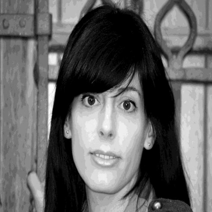 Laura Arnedo - Diseñadora y poeta