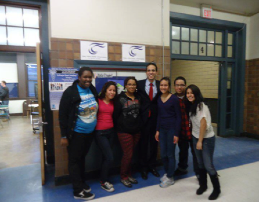 Hope United students meet with then-newly elected Mayor Angel Taveras, who had supported Hope United's position.