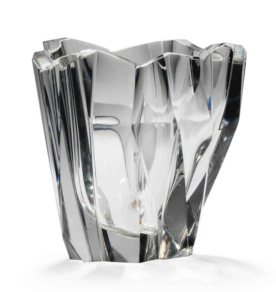 a_tapio_wirkkala_iceberg_glass_vase_1958_d5508780g.jpg