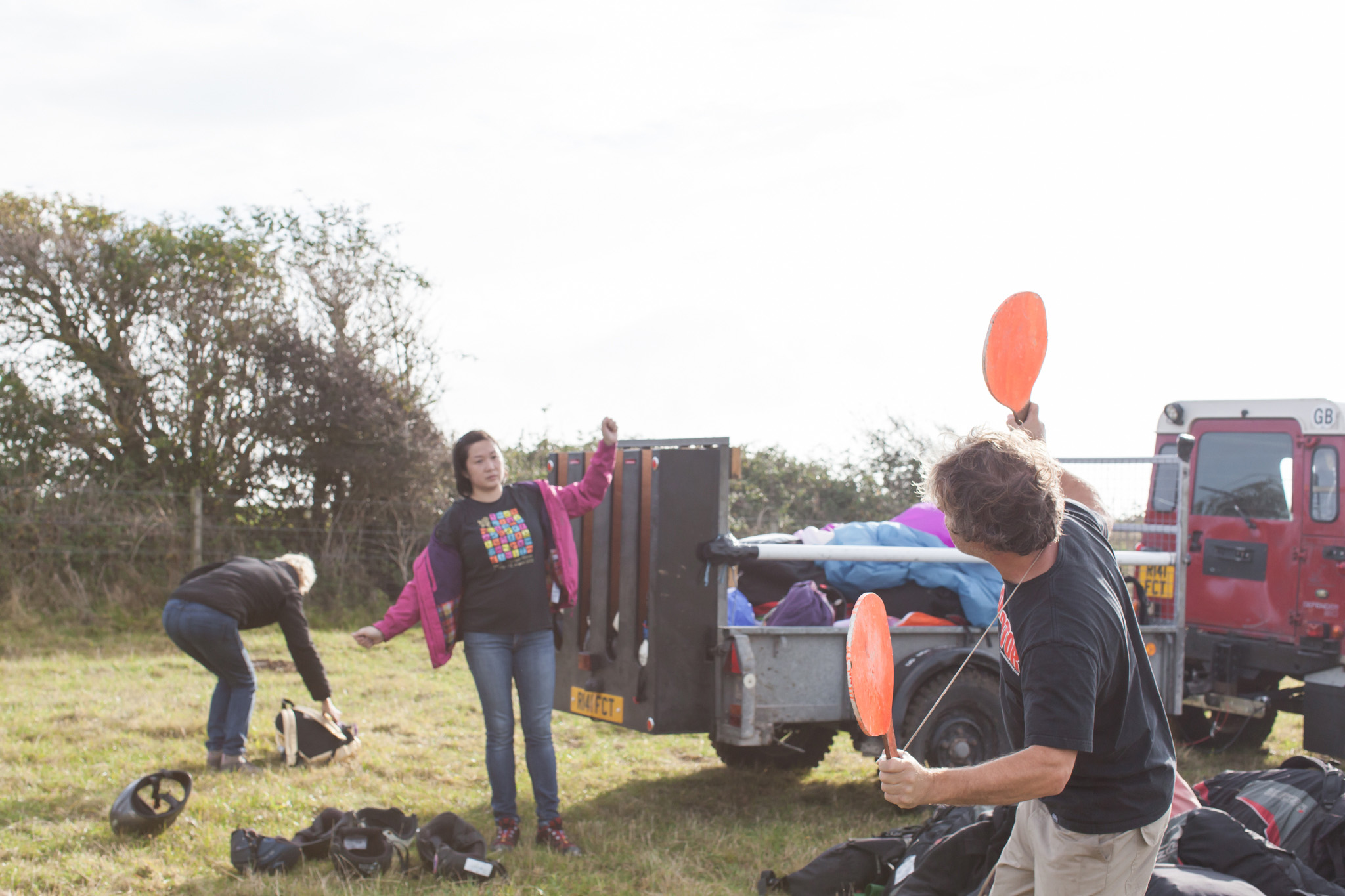 A photo story of a day with Fly Sussex where beginners learn to paraglide captured by lifestyle photographer Emma Gutteridge