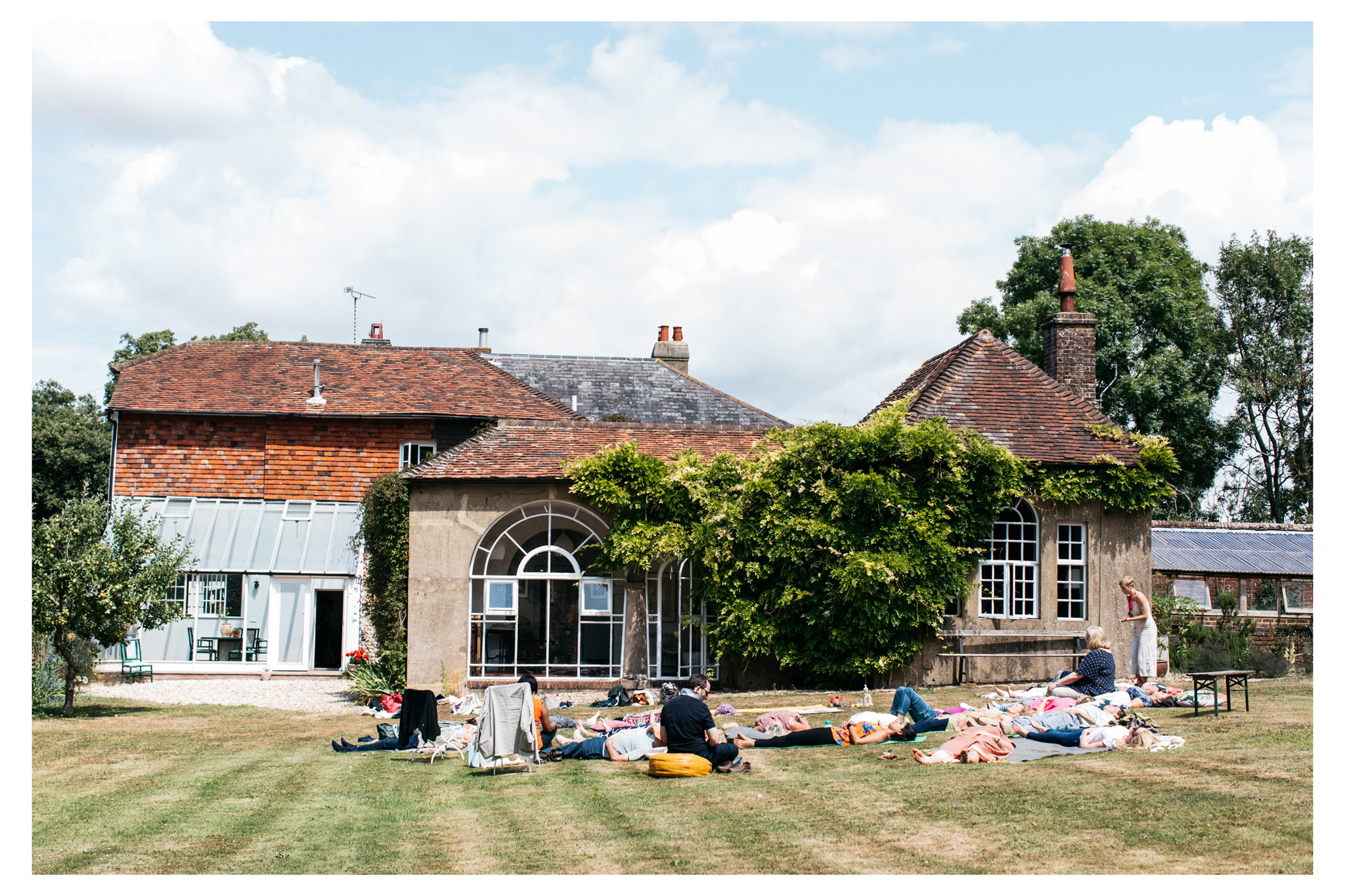 Tanya Borowski is a UK leader in functional gut health and nutrition. She held her retreat in summer 2018 at Tilton House photographed by Emma Croman.