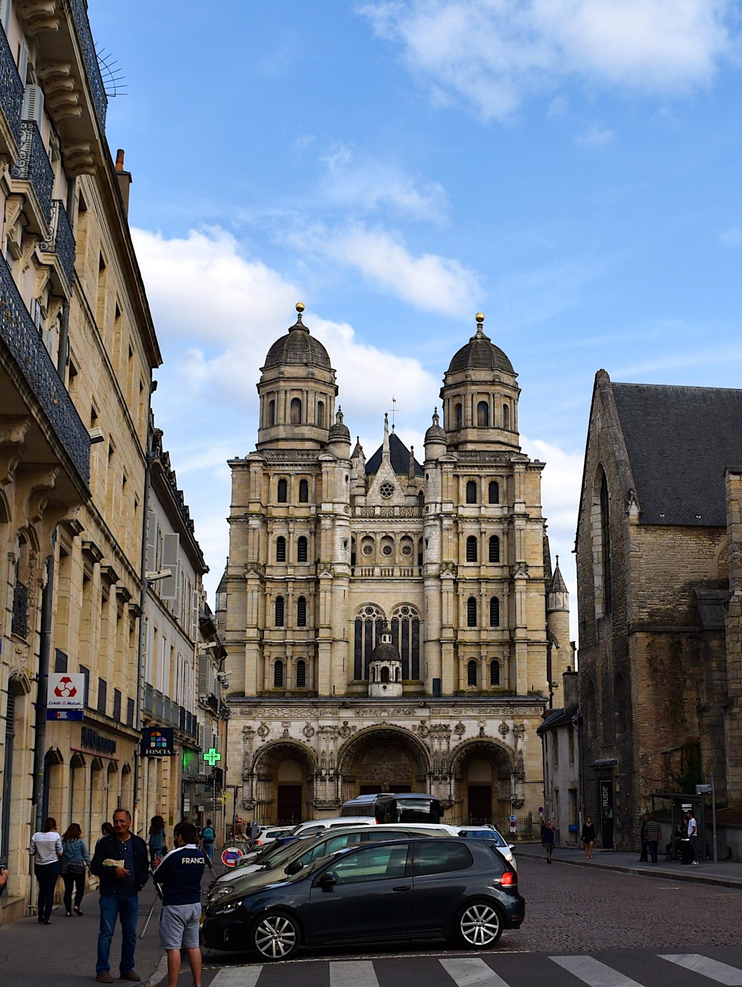 Saint-Michel church in Dijon