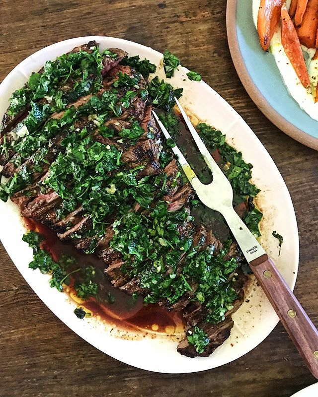 On tonight's menu: Cody's marinated skirt steak with homemade chimichurri 👌🏼 #thefulltable