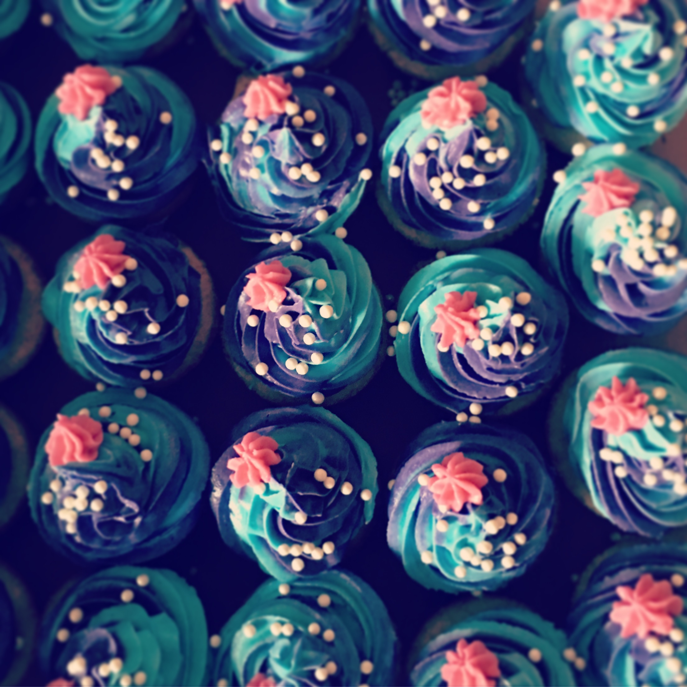 MINI MERMAID CUPCAKES