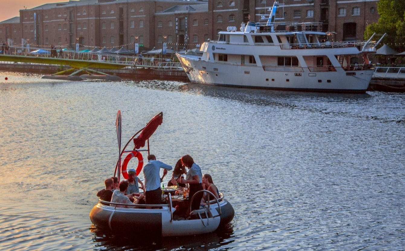 Speed dating boat london