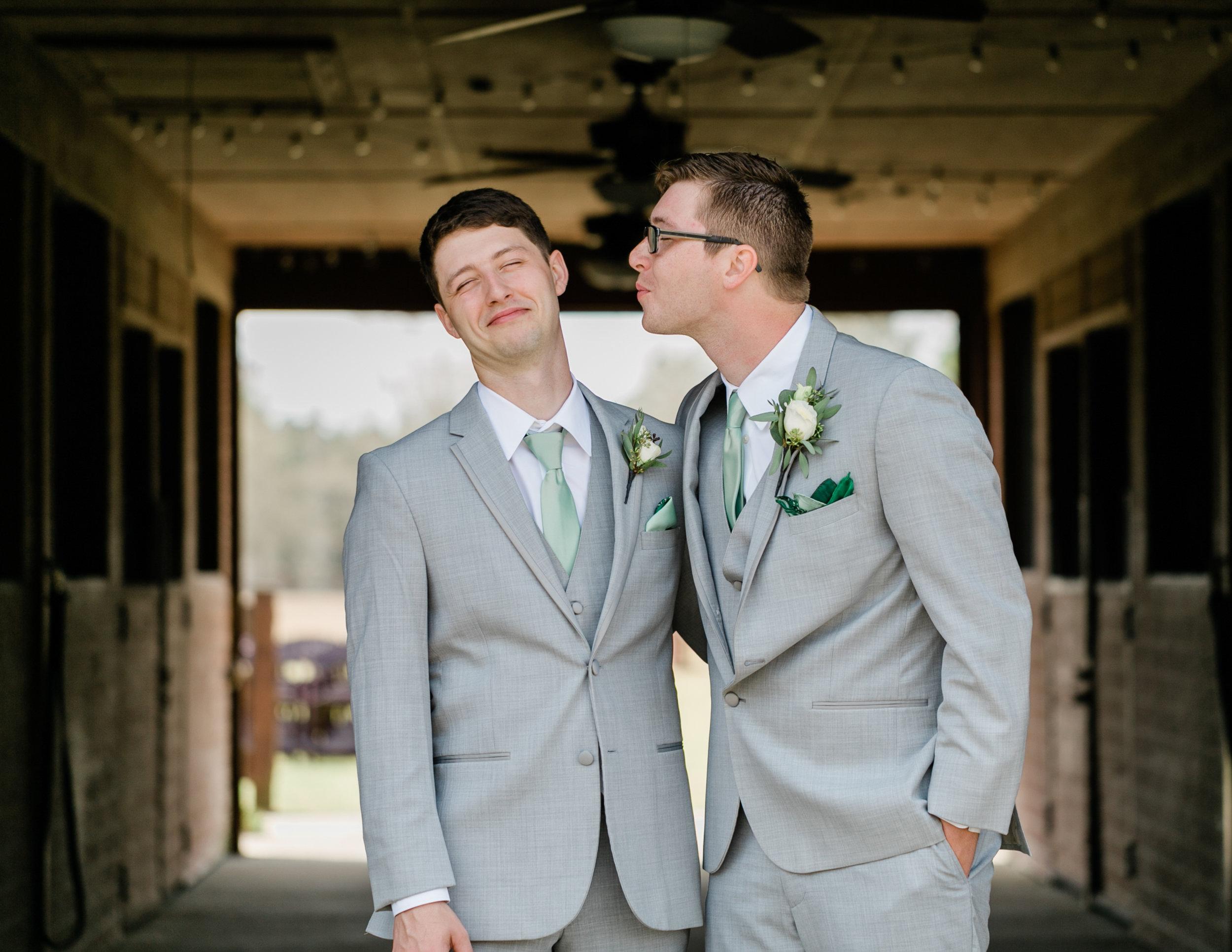 Lindsey and Hunter-022.jpg