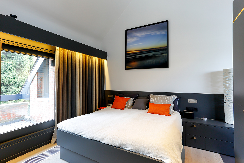 Chambre à Woluwé-Saint-Lambert - Aménagement et relooking total de 3 chambres à coucher. Choix des couleurs et des matières, confections de tentures.
