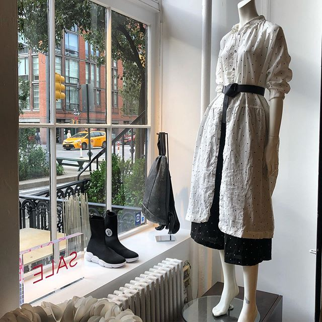 Check out this New @ichi_antiquites look, perfect transitional linen for the Fall!! Don't miss out, this is Everyone's Fav dress!! #mulehnyc #fashion #style #ichiantiquites