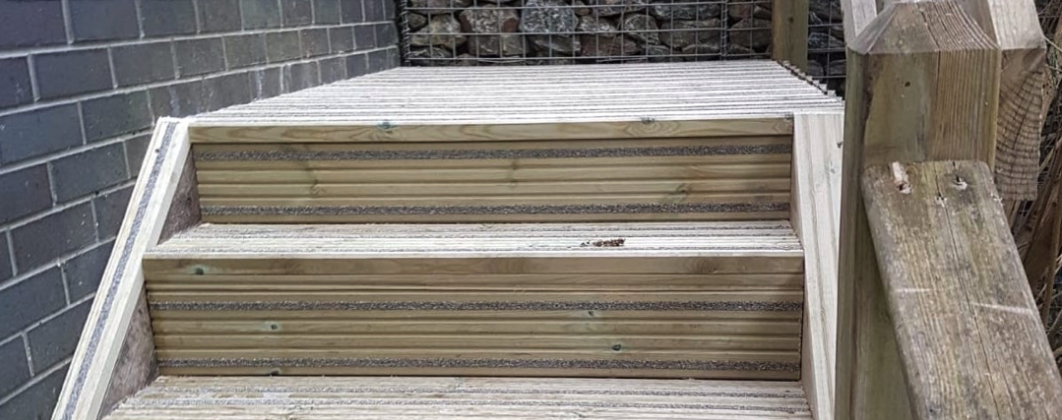 UNITE STUDENTS- NORTHFIELD STUDENT ACCOMMODATION- - Designed, supplied and installed timber decking and stair sets in compliance with health and Safety regulations.
