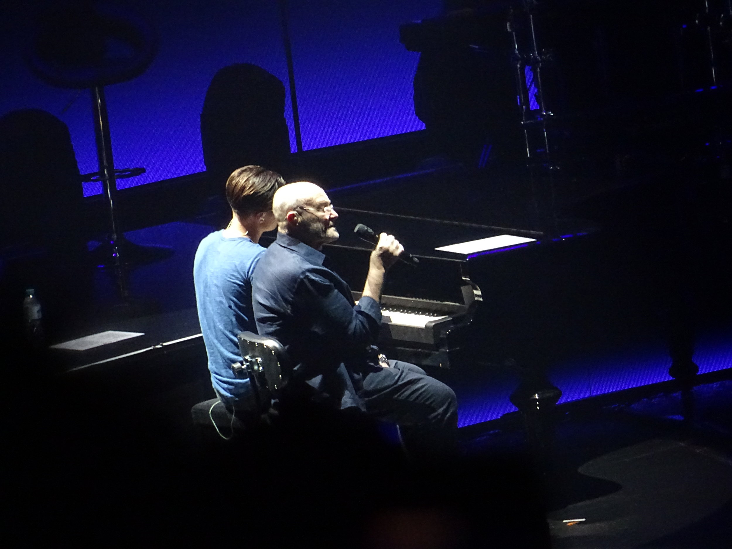 """Phil and Nic perform an emotional duet of """"You Know What I Mean"""" (c) Philip Giouras @ The Perfect Tempo"""