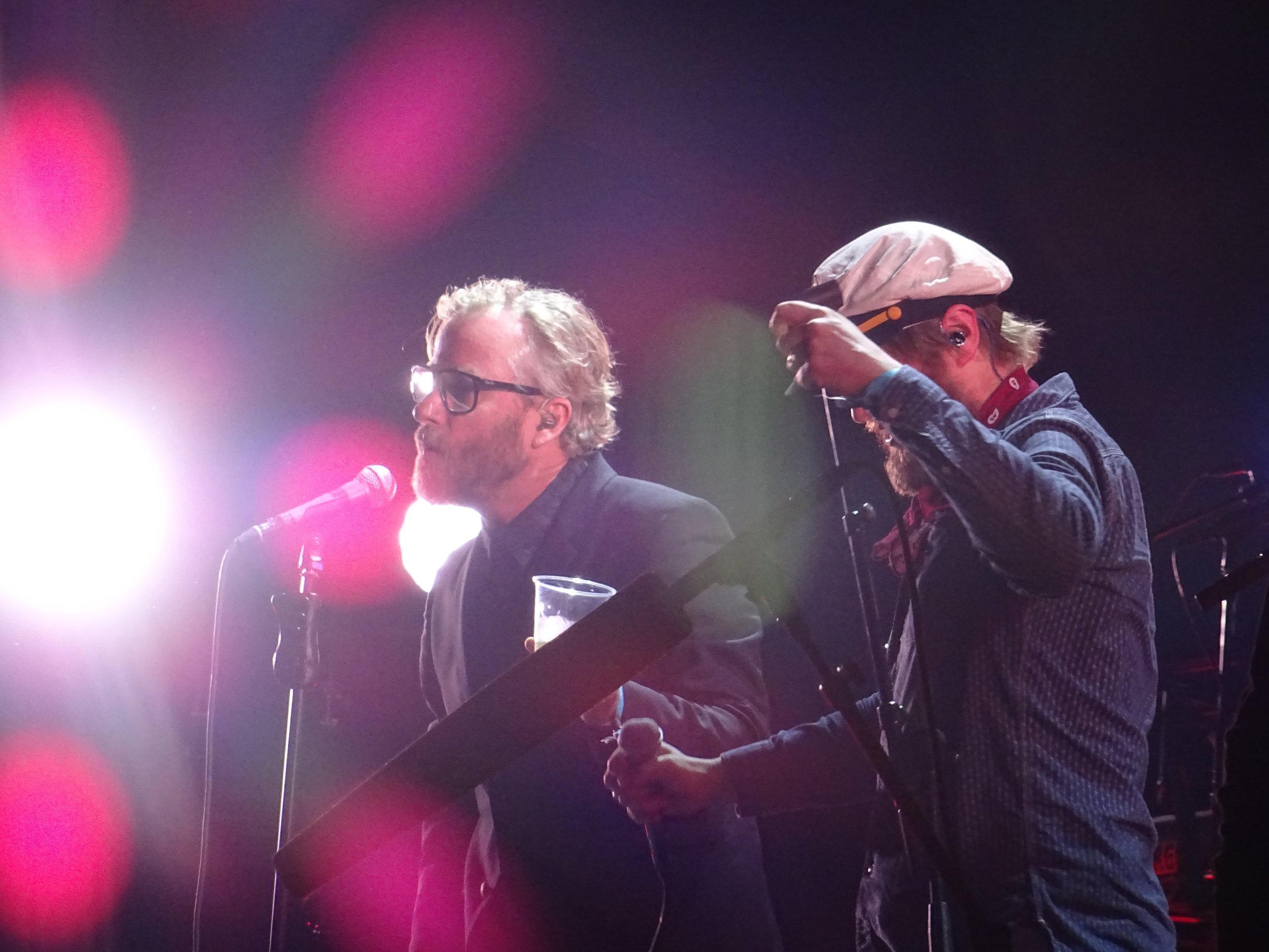 Matt & Ragnar covering Danish pop song 'De smukke unge mennesker' (c) Philip Giouras @ The Perfect Tempo