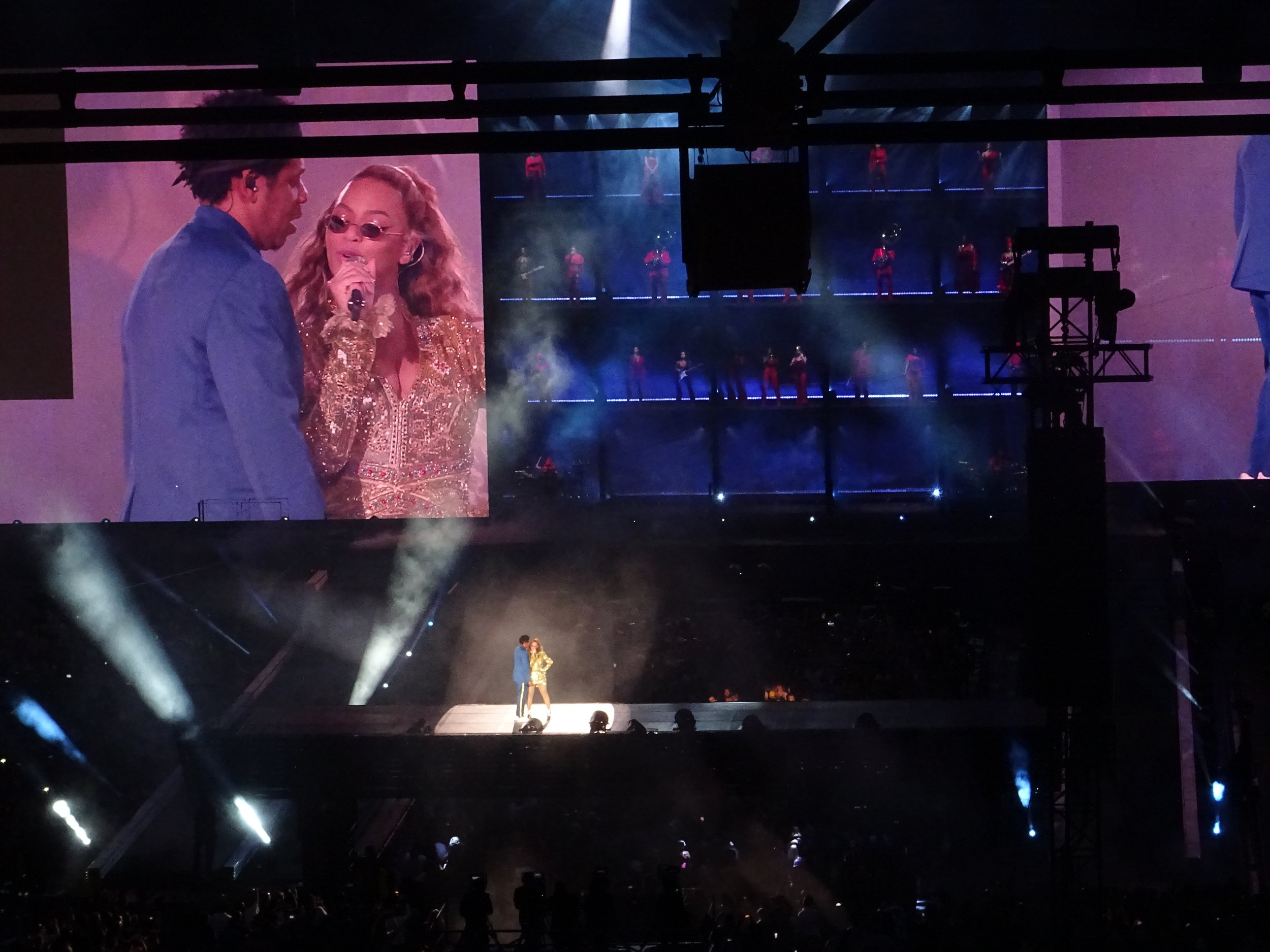 Beyoncé & JAY Z London Stadium(15/6/18) - What's better than one billionaire… two! Jay Z and Beyonce take to London's Olympic Stadium with a career spanning tour de force.